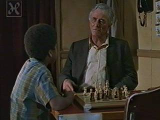 Peter Falk Aaron Meeks Andrew McCarthy  chess schach Robert Wise Storm In Summer, A