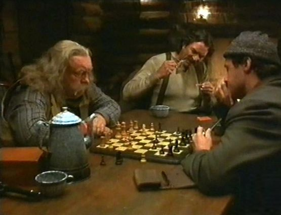 Wilford Brimley chess schach Simon Wincer Crossfire Trail