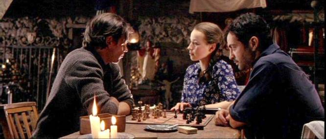 Karine Vanasse Allen Altman Paul-Antoine Taillefer chess schach John Duigan Head in the Clouds