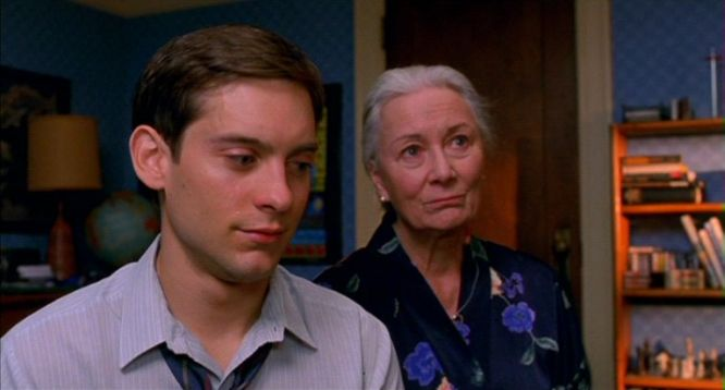 Rosemary Harris Tobey Maguire chess schach Sam Raimi Spiderman