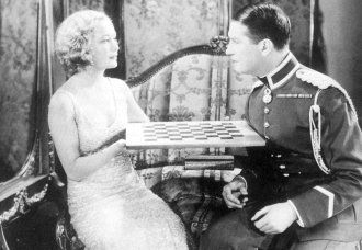 Maurice Chevalier Miriam Hopkins chess schach Ernst Lubitsch Smiling Lieutenant, The