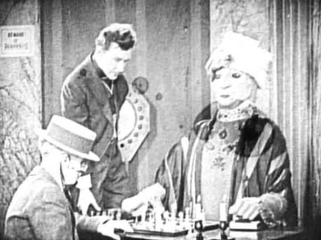 Raymond Griffith chess schach Tod Browning White Tiger