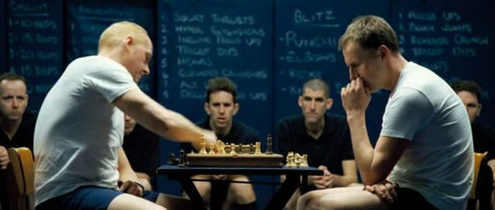 Simon Pegg chess schach Edgar Wright Hot Fuzz