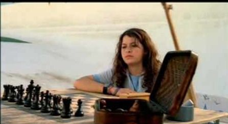 Alia Shawkat chess schach Anna Christopher Queen of Cactus Cove