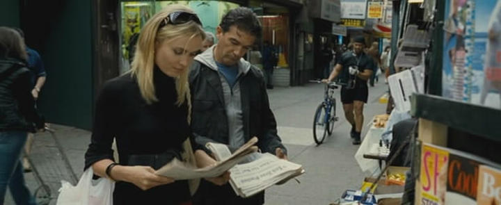 Radha Mitchell Antonio Banderas chess schach Mimi Leder Thick as Thieves