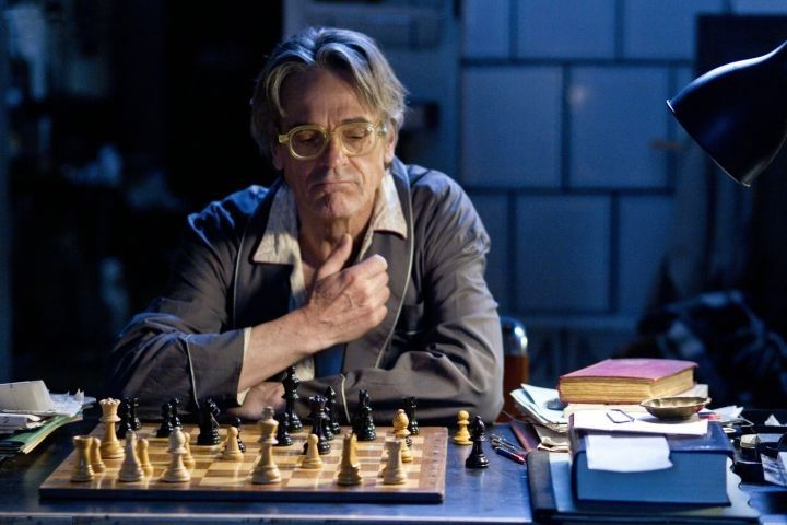 Jeremy Irons Bruno Ganz chess schach Bille August Nighttrain to Lisbon