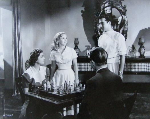 Myrna Loy Peggy Cummins chess schach Gregory Ratoff That Dangerous Age
