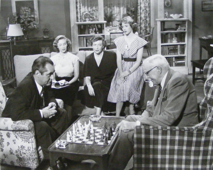Vera Miles Natalie Wood Ann Doran Jim Backus Clarence Kolb chess schach William Beaudine Rose Bowl Story, The