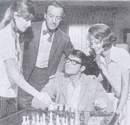 Cristina Ferrare Loa Akbright David Niven Chad Everett chess schach Michael Gordon Impossible Years