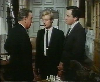 David McCallum Robert Vaughn Maurice Evans chess schach E. Darrell Hallenbeck One of our Spies is missing
