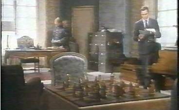 Christopher Plummer Yul Brynner chess schach Terence Young Triple Cross