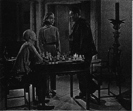 Peter Finch chess schach Charles Jarrott Lost Horizon