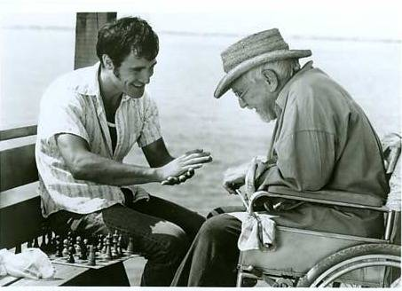 Burgess Meredith Elia Koteas chess schach Peter Masterson Full Moon in Blue Water