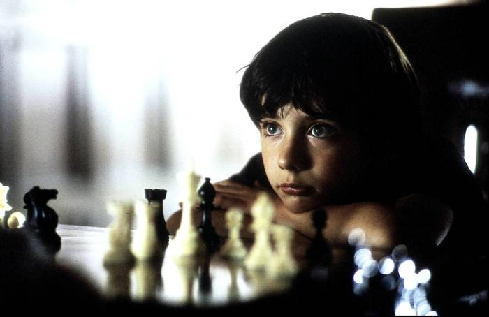 searching for bobby ficher Final chess game from the awesome movie: searching for bobby fischer i play at chesscom challenge me for a game: .