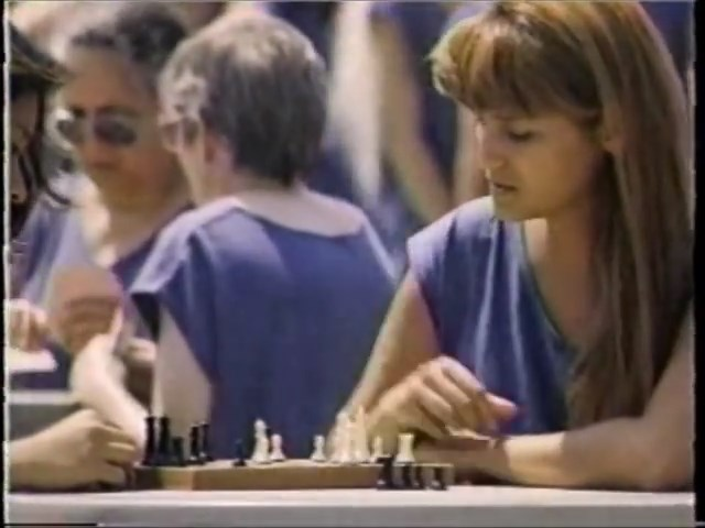 chess schach Henri Charr Cellblock Sisters: Banished Behind Bars