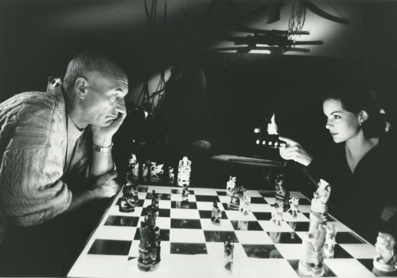 Kimberly Williams-Paisley Patrick Stewart chess schach Eric Steven Stahl Safe House